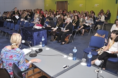 1 day left to apply for the 2014 Nursing Forum!